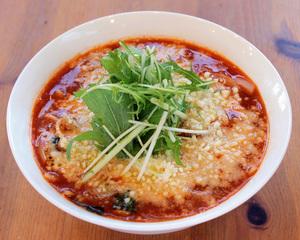 Ramen dining Wai Wai (noisily)