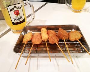 Shizuoka Golden bystreet pork fried on a skewer fist tradition shop