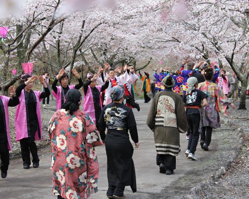 梅ケ島コンヤ温泉春まつり