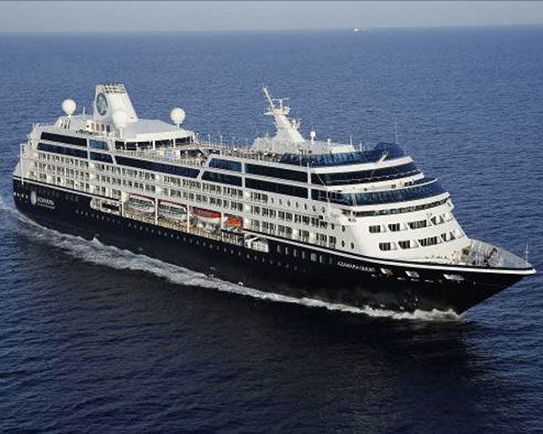 "Call at a port first in luxurious passenger liner ""azamullah quest"" Shimizu Port! <April 26, 2019>"