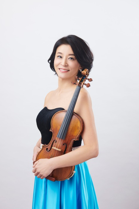 Festival - Favorite Classic Melody of violinist concert tour 2019 goddesses of 12 Chisako Takashima